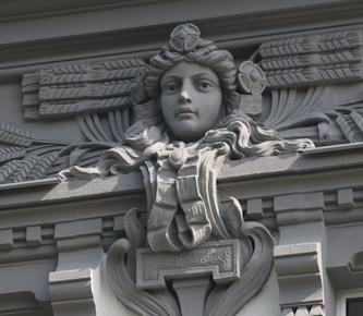 Fassade mit Stuckelementen in Zittau